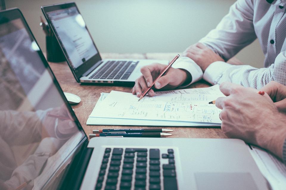 Première étape franchie pour le nouveau service public en ligne d'évaluation et de certification des compétences numériques